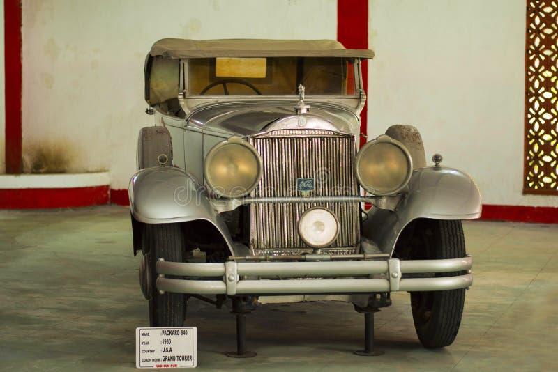AUTO MUSEU do CARRO do VINTAGE do MUNDO, AHMEDABAD, GUJARAT, ÍNDIA, o 13 de janeiro de 2018 Packard 840, 1930 fotografia de stock royalty free