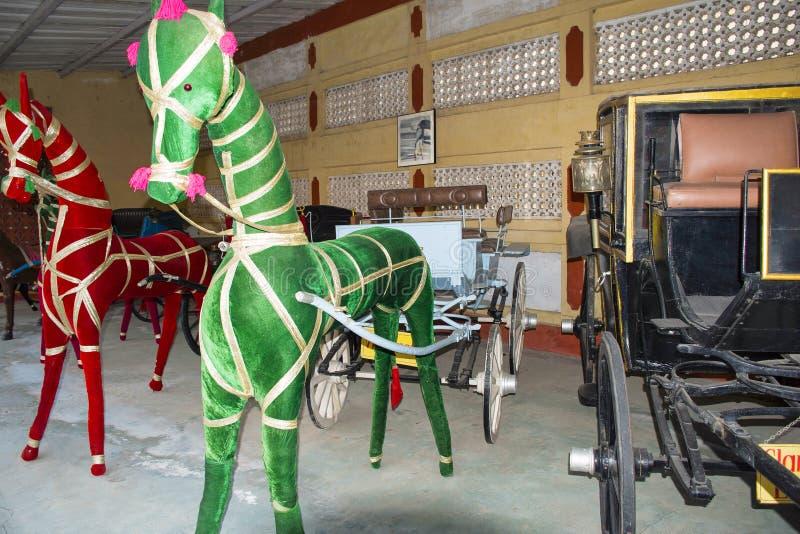 AUTO MUSEUM för VÄRLDSTAPPNINGBIL, AHMEDABAD, GUJARAT, INDIEN, 13 Januari 2018 Snigelflodhäst royaltyfri fotografi