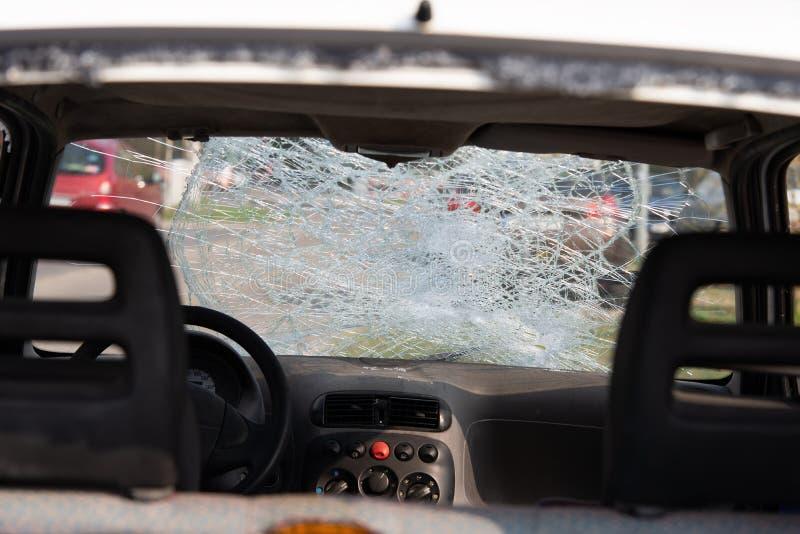 Auto na een ongeval, na een voetklap royalty-vrije stock afbeeldingen