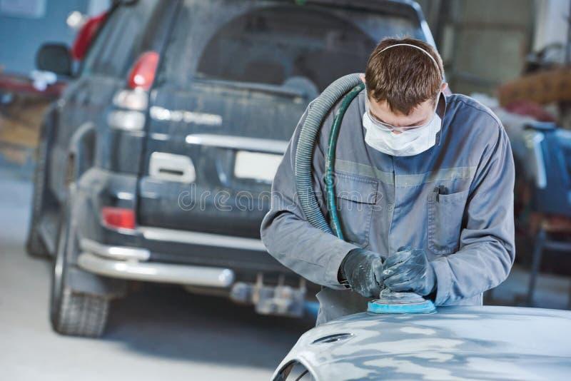 Auto repairman mleje autobody czapeczkę zdjęcie royalty free