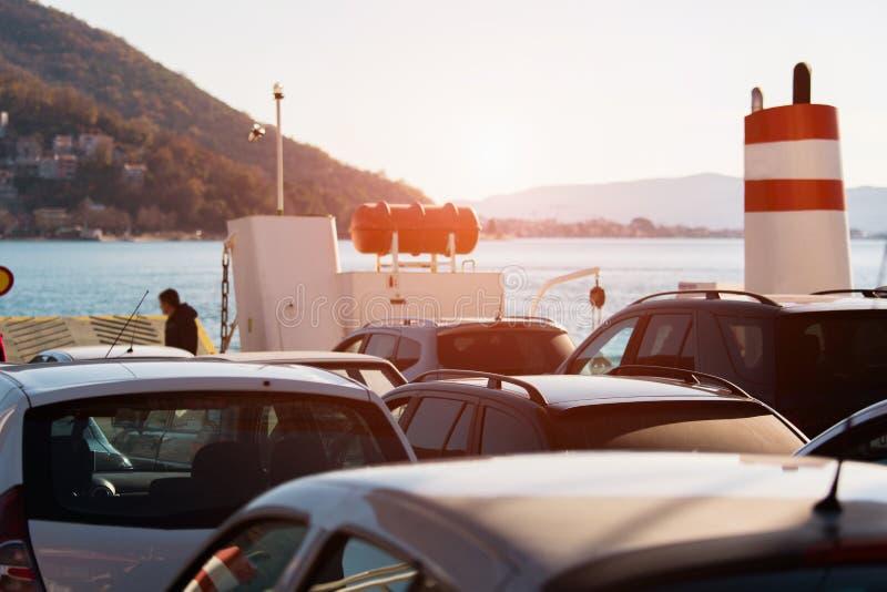 Auto's op de Veerboot royalty-vrije stock foto's