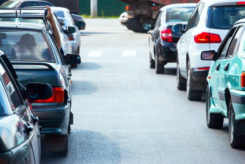 Auto's op straat in opstopping royalty-vrije stock foto's