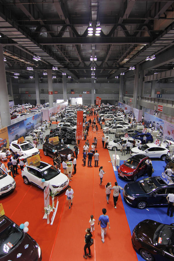 Auto show i chongqing arkivbilder