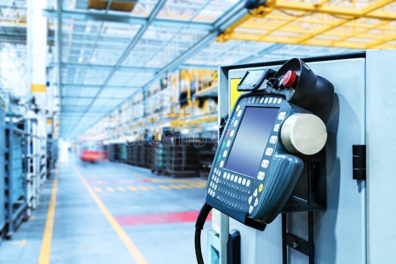 Auto skärm för produktionrobotkontroll royaltyfria foton