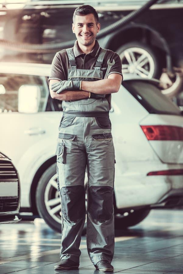 Auto trabalhador considerável do serviço imagem de stock royalty free