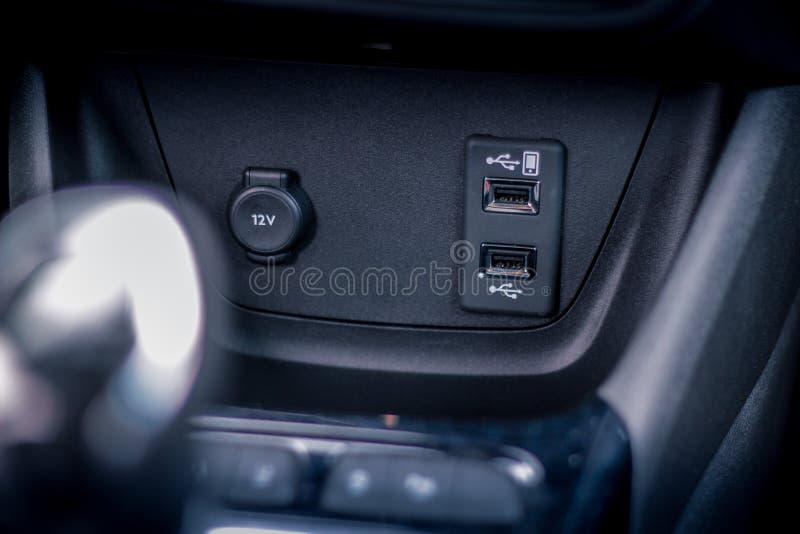 Auto usb-Rangierlokabschluß oben lizenzfreie stockfotografie