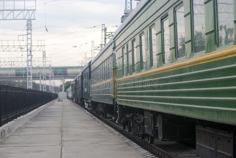 Auto van de passagiers de groene trein royalty-vrije stock foto