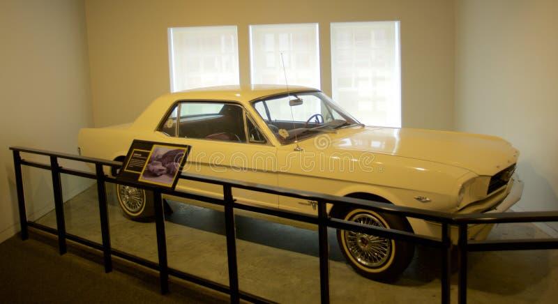 Auto van James Earl Ray binnen het Nationale Burgerrechtenmuseum in Lorraine Motel stock foto