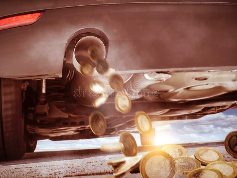 Auto verbraucht Geld lizenzfreies stockfoto