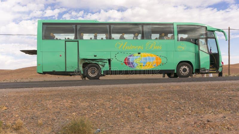 Autobús dañado en Marruecos fotos de archivo