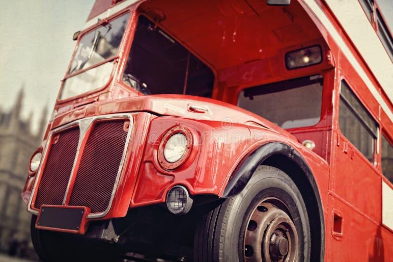 Autobús del rojo del autobús de dos pisos de Londres Routemaster foto de archivo