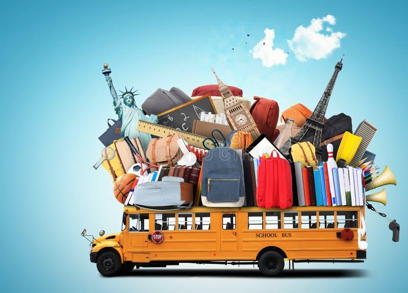 Autobús escolar amarillo fotos de archivo