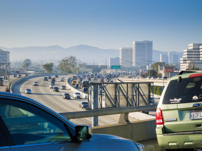 Autobahn 405 in Los Angeles lizenzfreies stockfoto