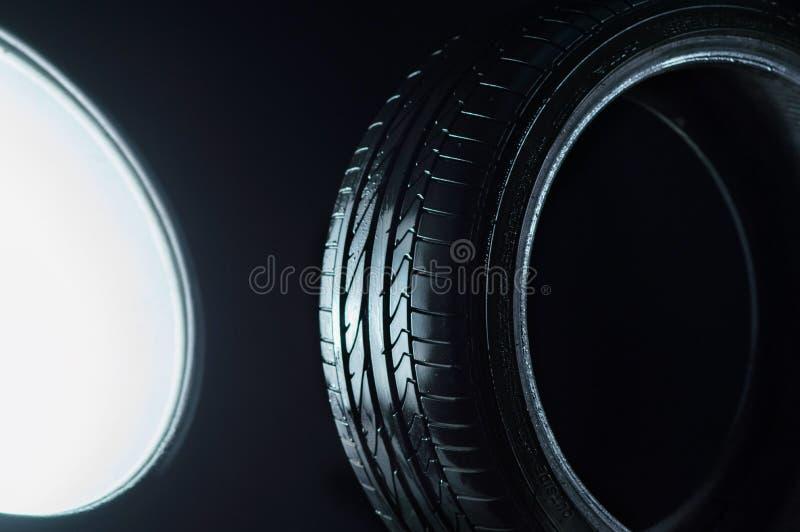 Autobanden voor verkeer stock afbeeldingen