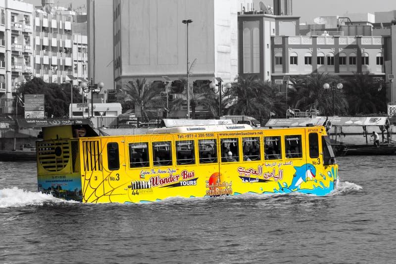 Autobus amphibie Dubaï images libres de droits