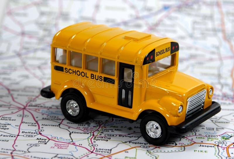 Download Autobus do szkoły obraz stock. Obraz złożonej z droga, dzieci - 33757