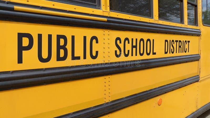 Autobus générique de De nouveau-école photographie stock