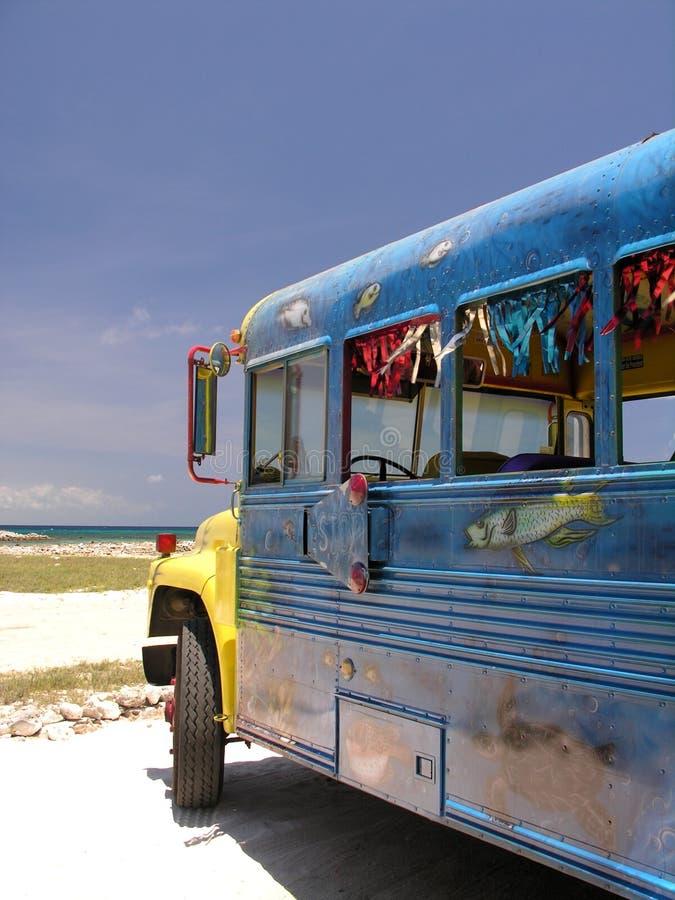 Download Autobus karaibów obraz stock. Obraz złożonej z plaża, traffic - 144115