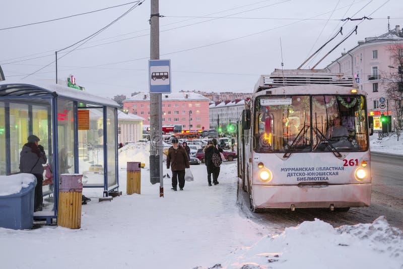 Autobus a Murmansk immagine stock