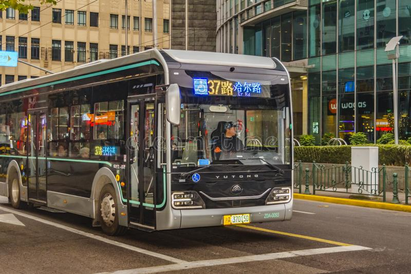 Autobus public, Pudong, Changhaï images stock
