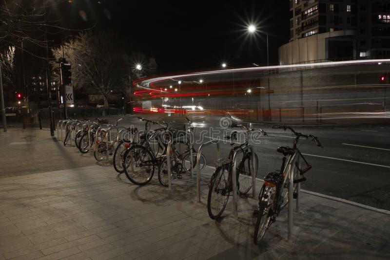 Autobusy i Bicykle zdjęcie royalty free