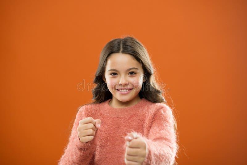 Autodefesa para crianças Defenda a inocência Como ensine crianças se defender As crianças das estratégias da autodefesa podem usa imagem de stock