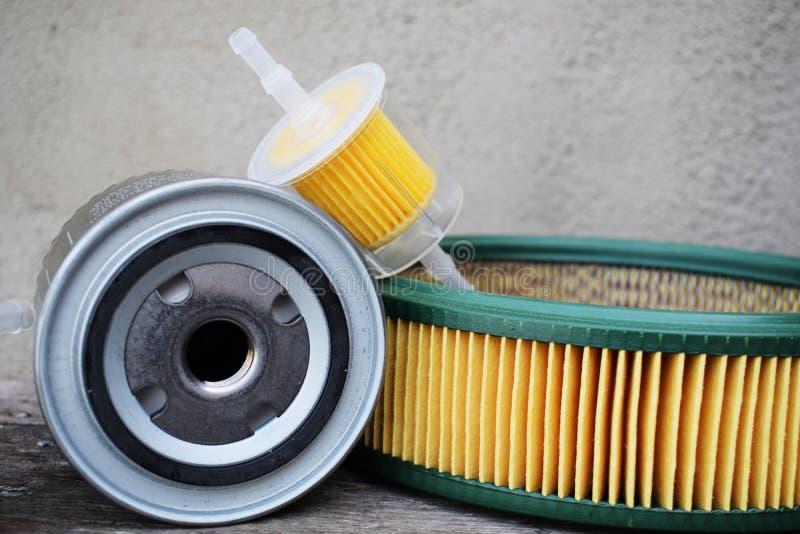 Autodelentoebehoren: olie, brandstof of luchtfilter voor motorauto royalty-vrije stock afbeeldingen