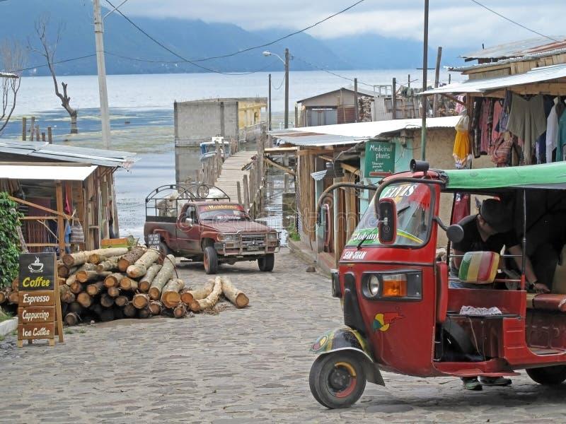 Autodiedriewieler, voor taxi, San Juan, Guatemala wordt gebruikt stock fotografie