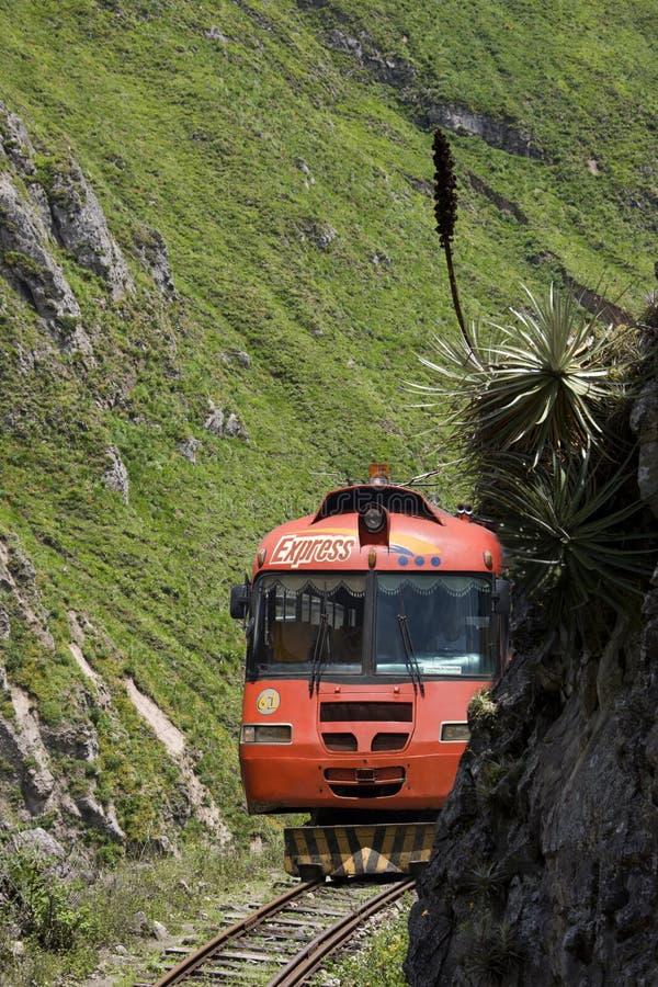 Autoferro - passaggio del radiatore anteriore del diavolo - l'Ecuador immagini stock libere da diritti