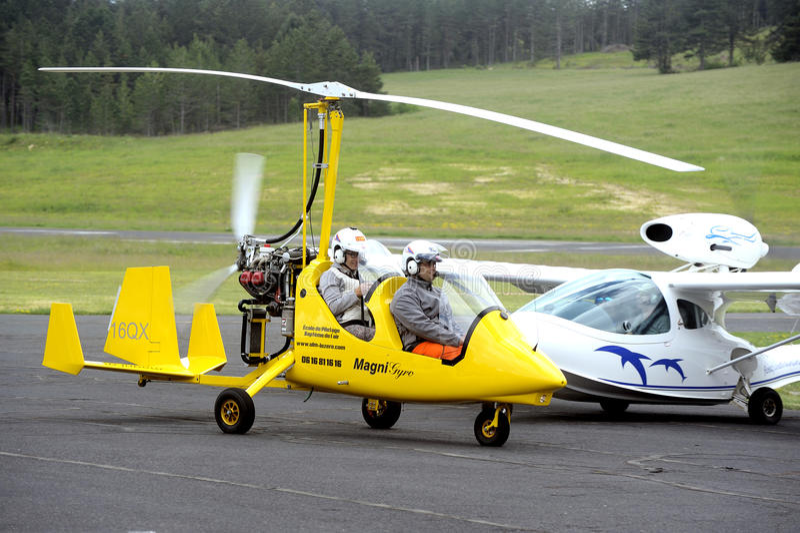 Autogyro rotor head stock image  Image of prerotator - 39791757