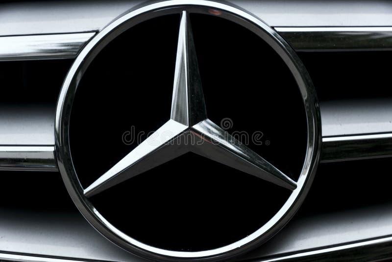 Autokennzeichen Mercedes-Benz lizenzfreie stockfotografie