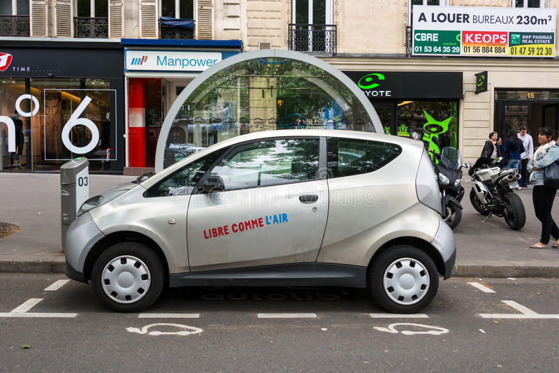 Autolib' electric car sharing service in Paris stock photography