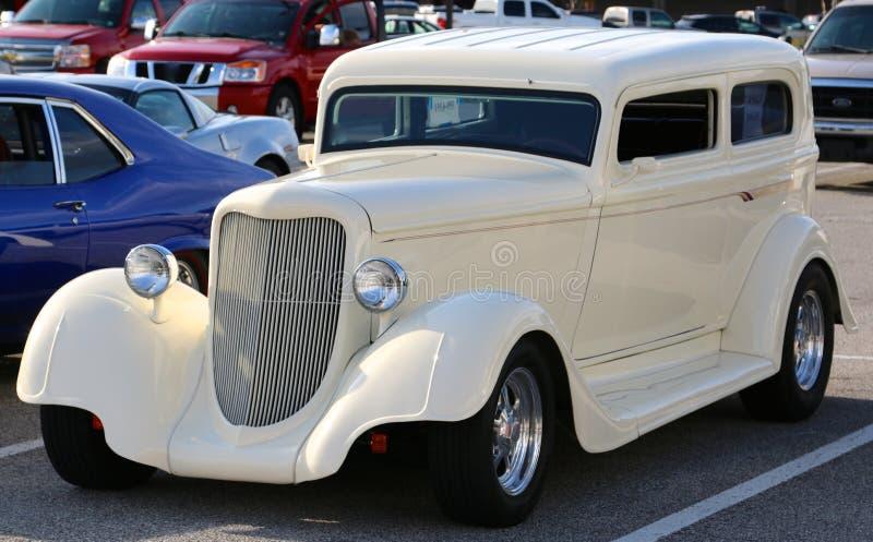 Automóvel antigo restaurado clássico imagens de stock royalty free