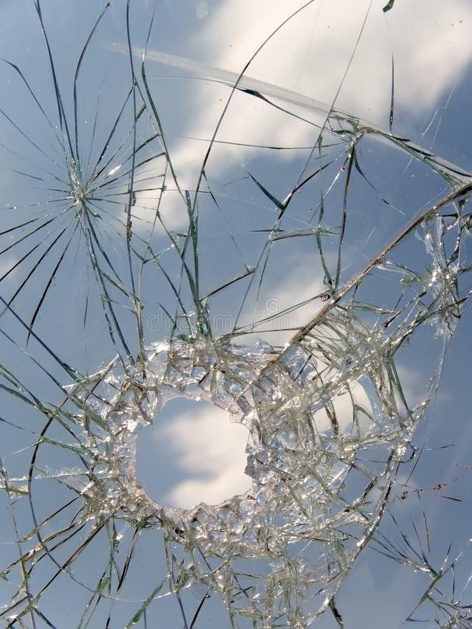Automóvel quebrado de vidro imagens de stock