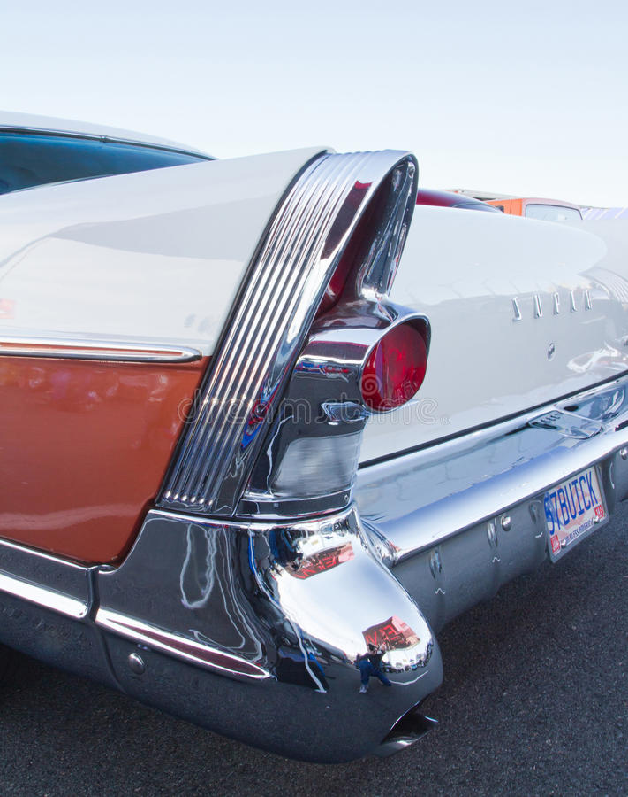 Automóvil 1957 de Buick de la obra clásica foto de archivo libre de regalías