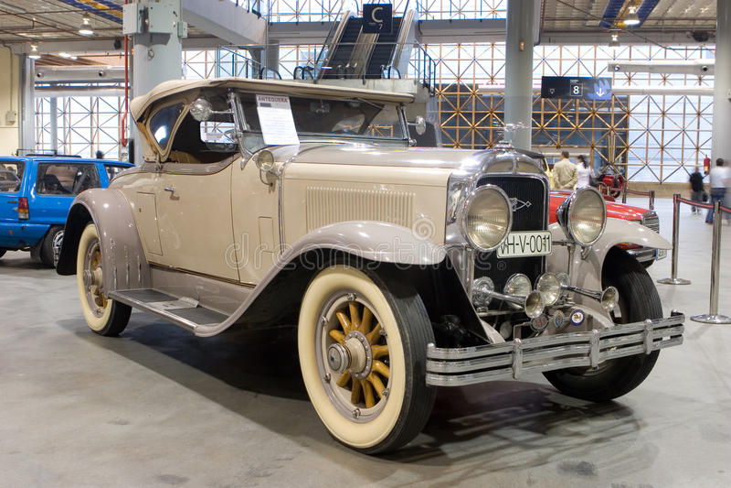 Automóvil descubierto 1928 del amo seises de Buick foto de archivo