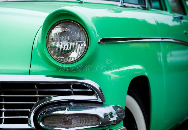 automóvil hecho americano clásico de los años 50 fotografía de archivo libre de regalías