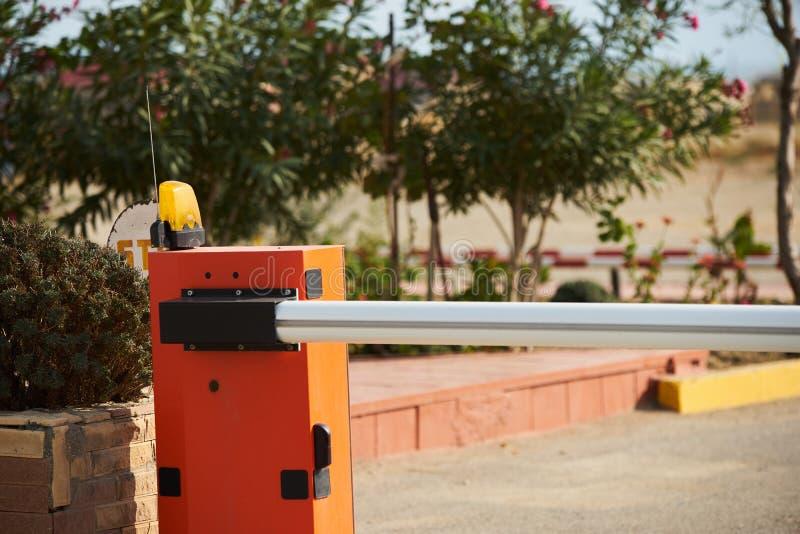 Automatische het systeemveiligheid van de barrièrepoort met lichte sirene stock foto's