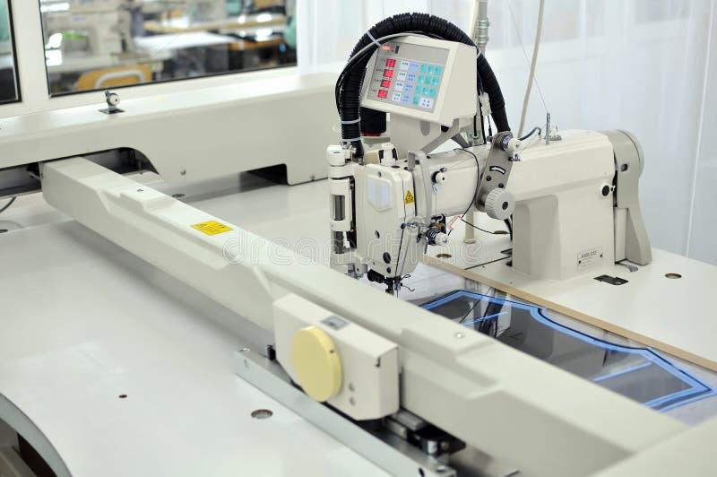 Automatische naaimachine royalty-vrije stock afbeelding
