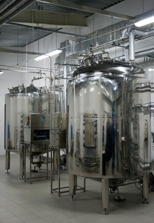 Automatisches Wasserfiltrationsystem lizenzfreie stockfotos