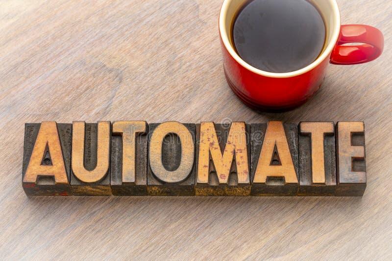 Automatisez - exprimez le résumé dans le type en bois de vintage images libres de droits