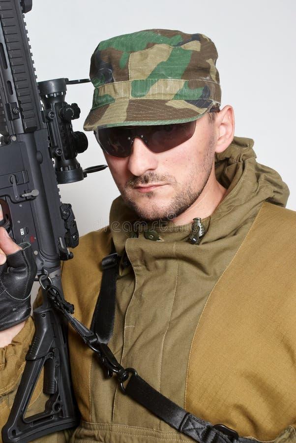 automatisk gevärsoldat för anfall fotografering för bildbyråer