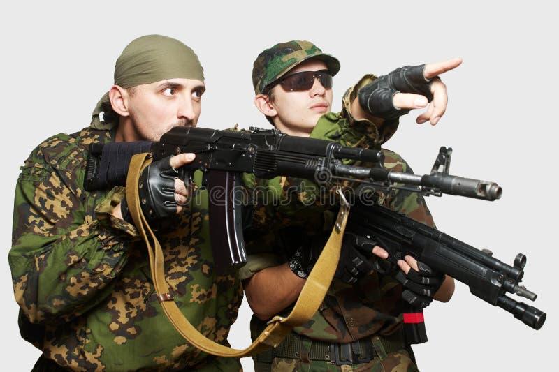 automatiska gevärsoldater för anfall arkivbild