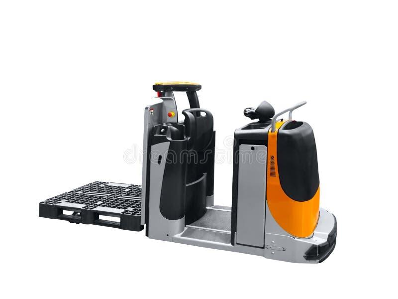Automatyczny elektryczny magazynowy ładowacz odizolowywający na białym tle zdjęcia royalty free