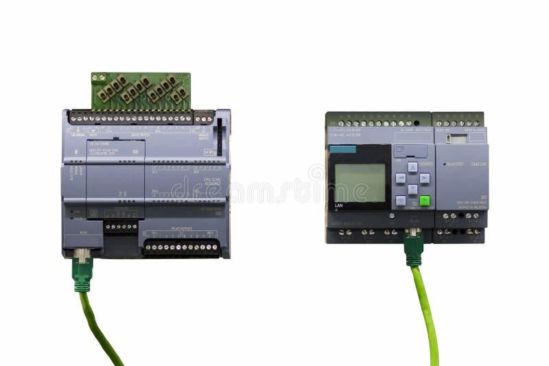 Automatyczny Programmable logika kontrolera PLC dużej precyzji wyposażenie dla przemysłowy odosobnionego na białym backgrond zdjęcia stock