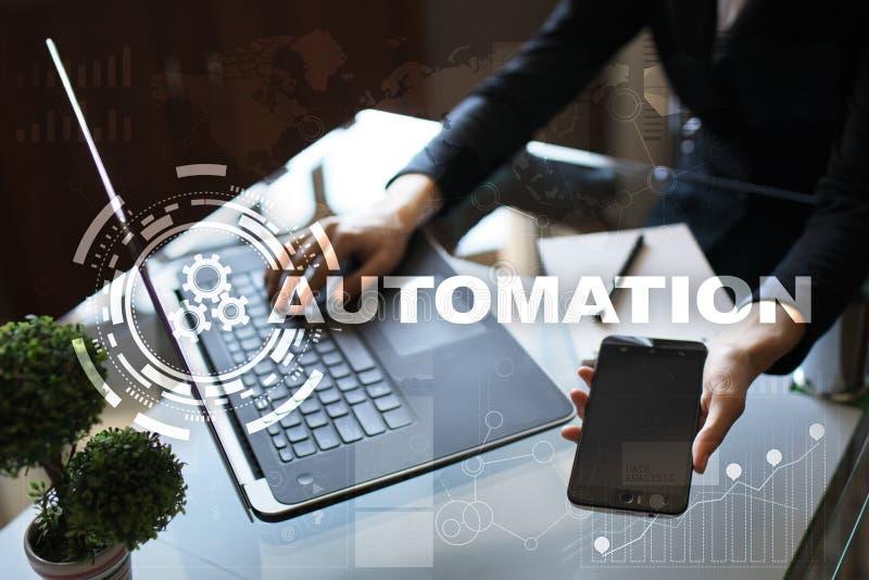 Automatyzaci pojęcie jako innowacja, udoskonalająca produktywność w technologii i rozwoje biznesu, obraz royalty free
