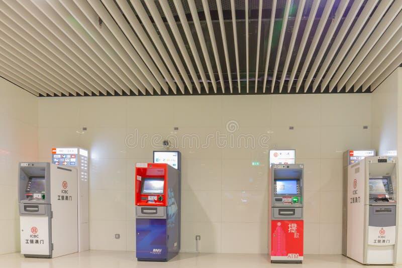 Automatyzująca narrator maszyna Macau, Chiny, KWIECIEŃ 22 lub ATM -, 2018 - obraz royalty free