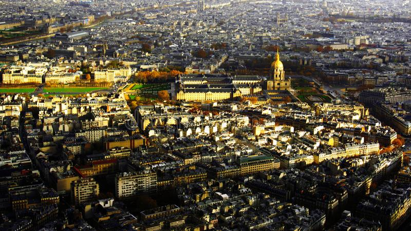 Automne à Paris, France Feuilles d'automne à Paris et Tour Eiffel, Europa images libres de droits