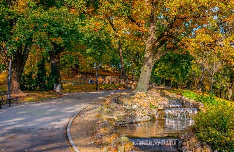 Download Automne Dans Central Park à Riga Photo stock - Image du célèbre, couleurs: 76077256
