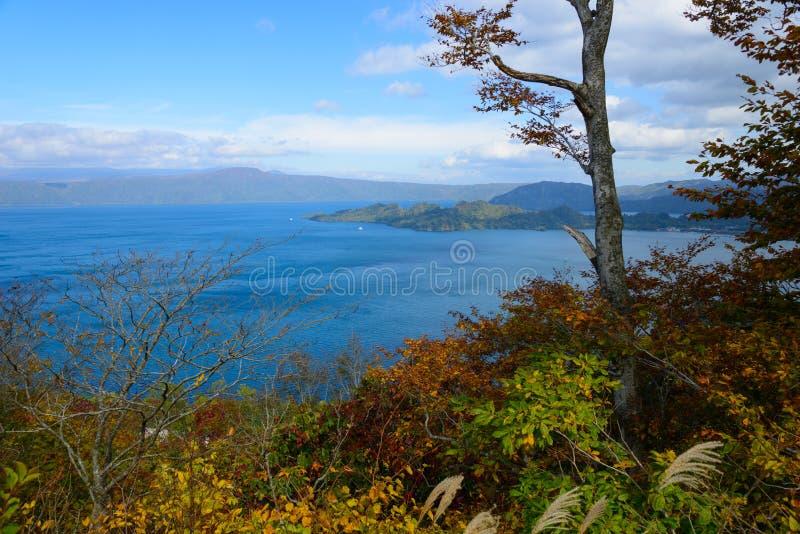 Automne dans le lac Towada photos libres de droits